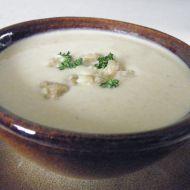 Jogurtová polévka s cizrnou recept