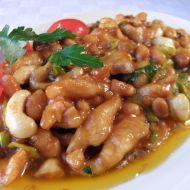 Pikantní krůtí nudličky s fazolemi recept