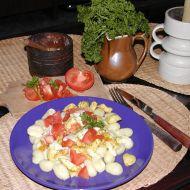 Gnocchi se sýrovou omáčkou a kuřecím masem recept