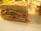 Obložený sendvič  italská muffuletta recept