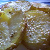 Pečené brambory se sezamem recept