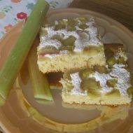 Ovocný koláč z rebarbory recept