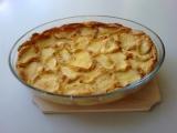Žemlovka s jablky, tvarohem a pudinkem recept