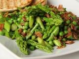 Zelený chřest s hráškem recept