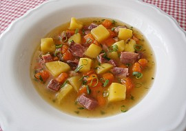 Polévka z uzeného jazyka recept