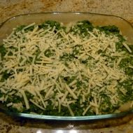 Zapečené těstoviny s kuřecím masem a špenátem recept