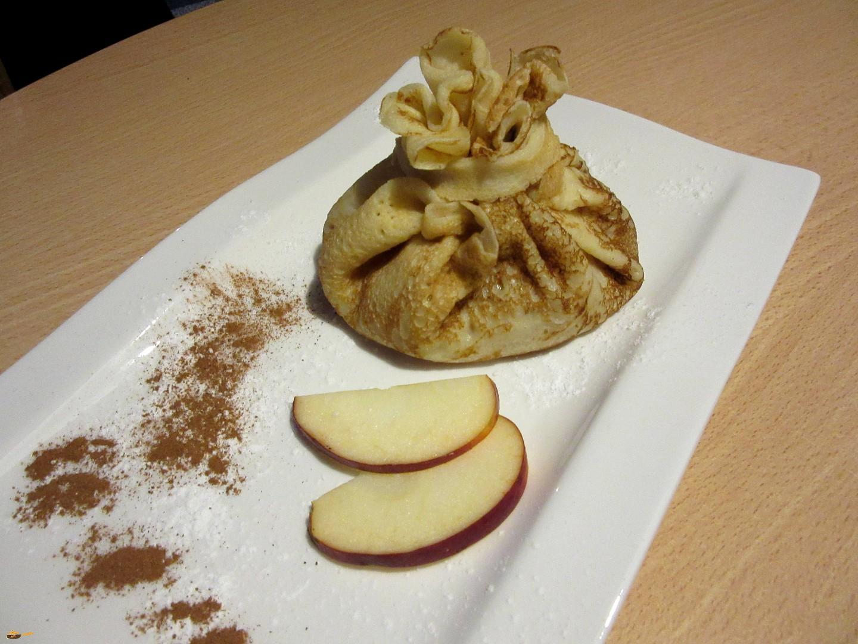 Palačinka  měšec s jablečnou náplní recept
