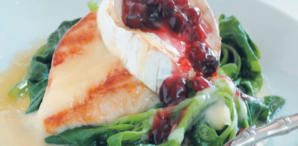 Kuřecí prsa s modrým sýrem a polníčkem
