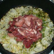 Vepřové s mrkví a koprem recept