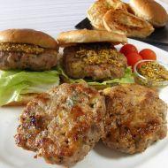 Kořeněné vepřové hamburgery s jablkem recept