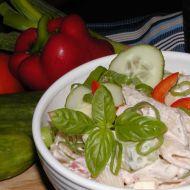 Těstovinový salát s bazalkou recept