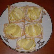 Jablečné rychlovky z listového těsta recept