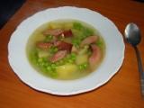 Hrášková polévka s párkem recept