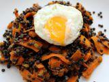Kořeněná černá čočka s mrkví recept
