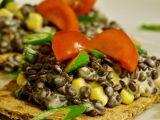 Salát z černé čočky s kukuřicí a Lučinou recept