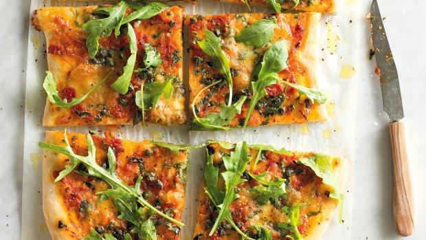 Pizza salsa verde