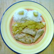 Kuřecí prsa s jablky a česnekem recept