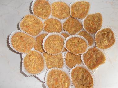 Kokosové muffiny s jablky a mrkví