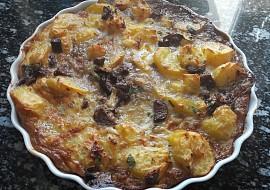 Zapečené brambory s žampiony a čerstvým libečkem recept ...