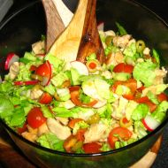 Zeleninový salát s kuřecím masem recept