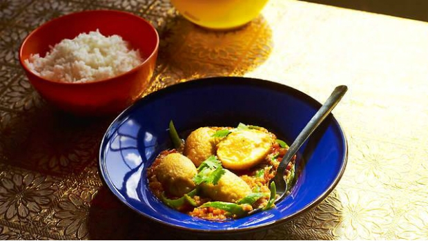 Zlaté vaječné kari Ou Hin