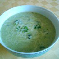 Brokolicová polévka se smetanou a sýrem recept