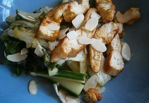 Korunovační kuřecí salát