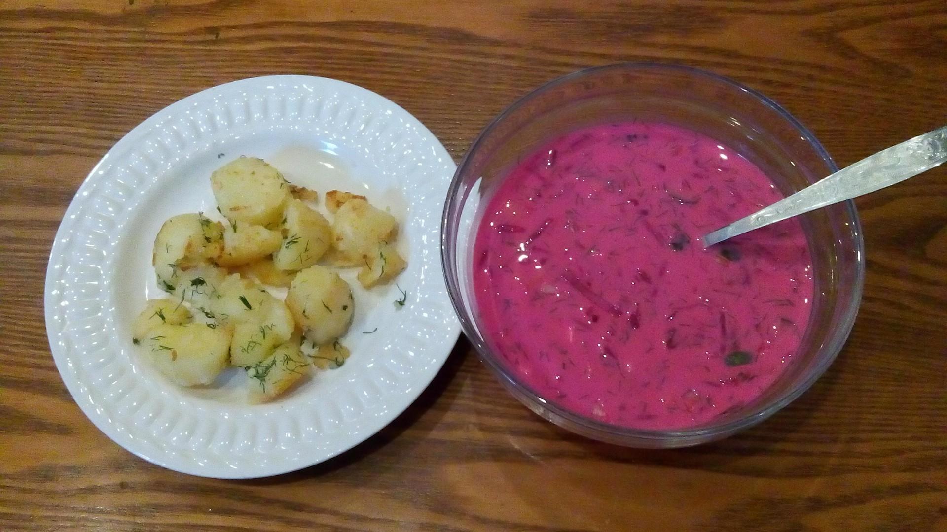 Litevský studený boršč Šaltibarščiai recept