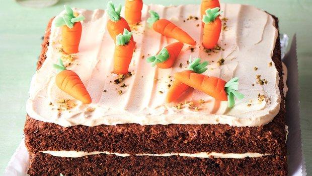 Jarní mrkvový dort s kokosem