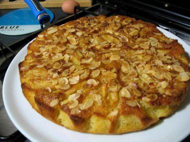 Jablkovo  mandlový koláč s javorovým sirupem
