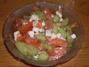 Zeleninový salát s balkánským sýem