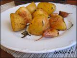 Nové brambory na másle a bylinkách recept