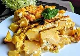Zapečené brambory s olivami a několika druhy sýrů recept ...