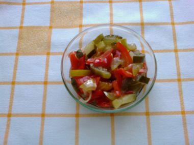 Zeleninový salát sterilovaný
