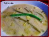 Jemná polévka se salátem a fazolkami recept