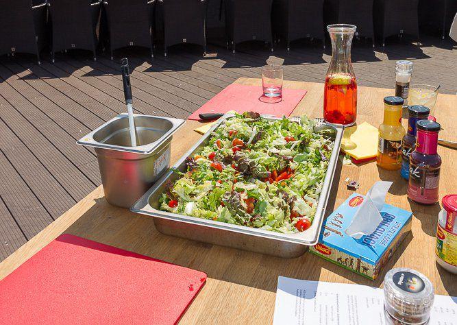 Jednoduchý salát ke grilu recept