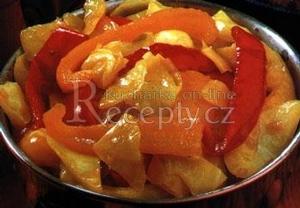Dušené zelí s paprikami