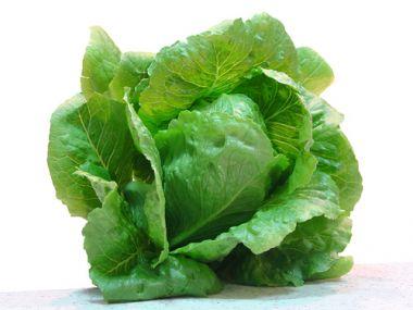 Pikantní hlávkový salát
