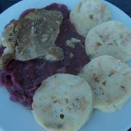Pečená krkovice s červeným zelím a karlovarským knedlíkem recept ...
