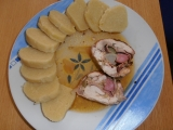 Kuřecí roláda s bramborovým knedlíkem recept