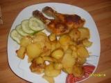 Kuřecí stehna na ementálovém másle s opečenými brambory recept ...