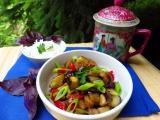 Lilek s vepřovým masem na asijský způsob recept