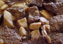 Hříbkový hovězí skoro  guláš recept