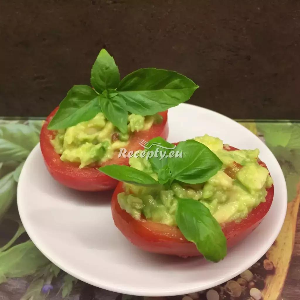 Rajčata plněná mozzarellou a avokádem recept  zeleninové ...
