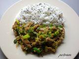 Sojové nudličky s pórkem a sezamovou rýží recept