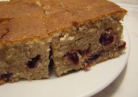 Oříškovo-brusinkový chlebíček(hrnkový) recept