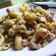 Těstovinový salát se sójou a zeleninou recept