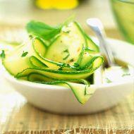 Pikantní cuketový salát recept