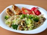Kuřecí maso v jogurtovo-bylinkové marinádě se zdravou rýží recept ...