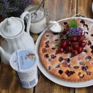 Jogurtový koláč s třešněmi a levandulí recept